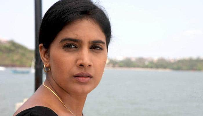 Nana Patekar was not intimidating on sets: Sonali Kulkarni