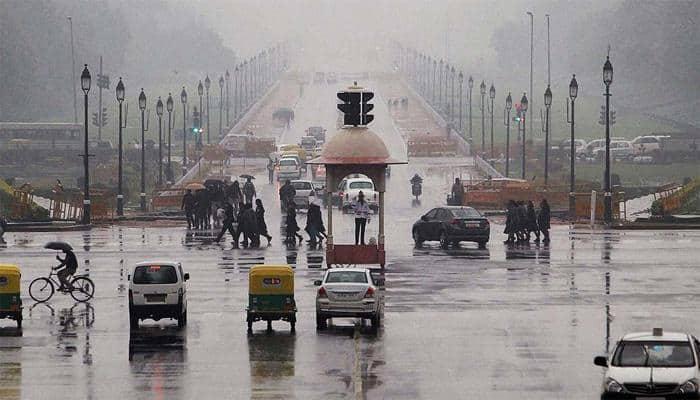Mild rains add to winter chill in north India