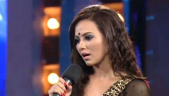 Karishma, Upen's closeness on 'Bigg Boss' seems fake: Sana
