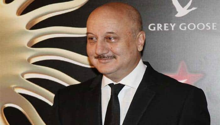 My competition is with Robert De Niro and Al Pacino: Kher