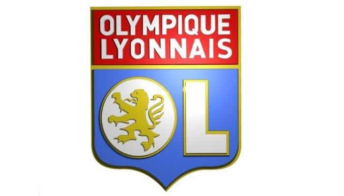 Lyon grind out win to reclaim top spot in France