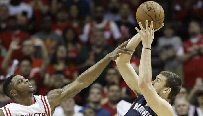 Pau Gasol`s game winner lifts Grizzlies past Rockets