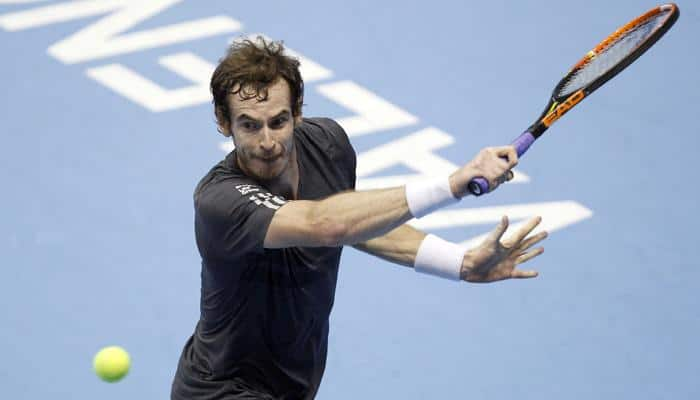 Andy Murray advances without worry against Donald Young