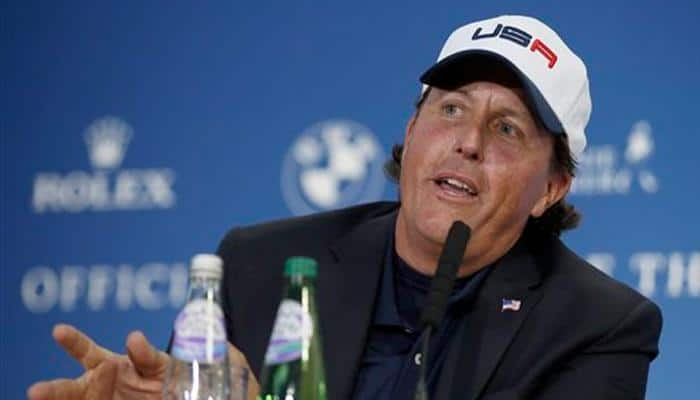 Phil Mickelson relishes the pressure of contending in Houston