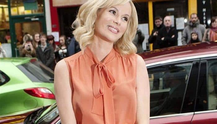 Amanda Holden wants to insure 'poking' nipples for 1M pounds each