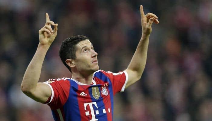 Bundesliga: Robert Lewandowski double helps Bayern brush off injury woes