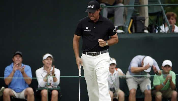 Phil Mickelson back in black in bid for fourth Masters