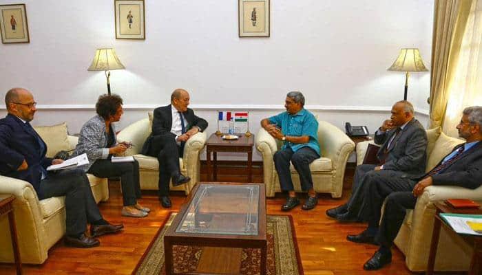 Rafale deal: Manohar Parrikar meets French Defence Minister