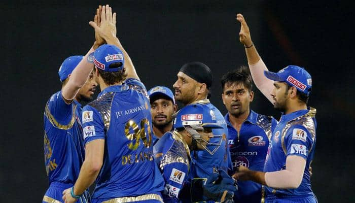 IPL 2015: Mumbai Indians breach CSK's fortress with fifth straight win