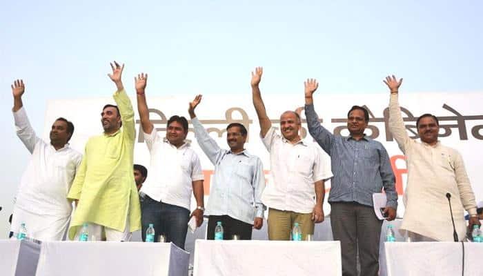 Kejriwal lists AAP govt's achievements of 100 days, slams Centre's 'dictatorial attitude'