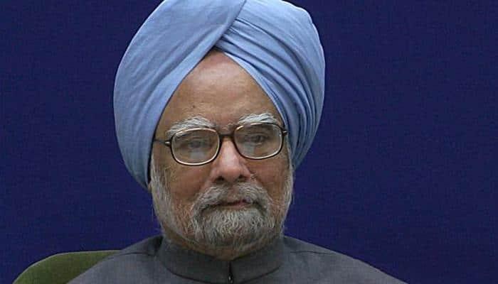 Manmohan Singh defends himself on 2G charge, slams Modi govt for 'carbon copy' schemes