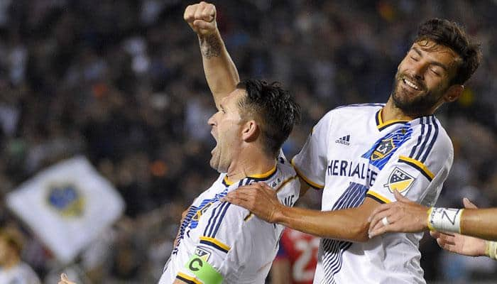 Robbie Keane called up to play for Ireland