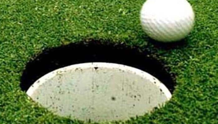 Joshua Younger leads in Thailand after birdie spree
