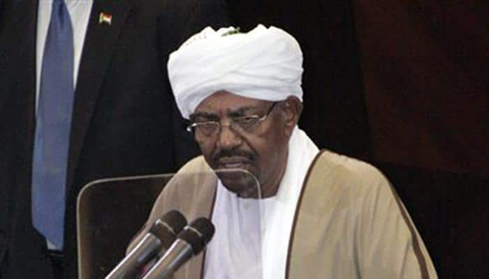 'South African court issues arrest warrant for Bashir'