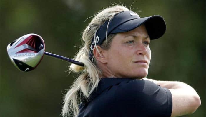 Suzann Pettersen leads stormy British Open
