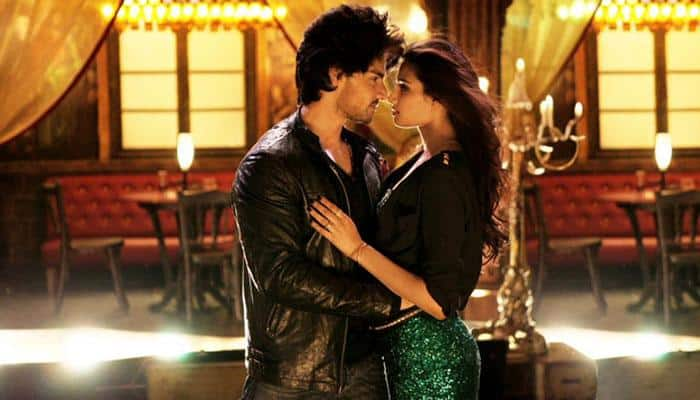 Watch: Sooraj, Athiya's 'real' chemistry in 'Hero'!