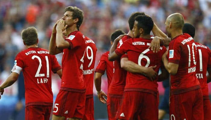 Bayern Munich leave it late to keep pace with Borussia Dortmund in Germany