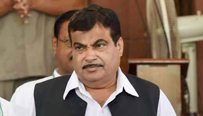 Perform or take voluntary retirement, don't sit on files: Nitin Gadkari to babus