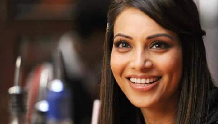 Bollywood salutes 'feminine spirit' on Mahalaya