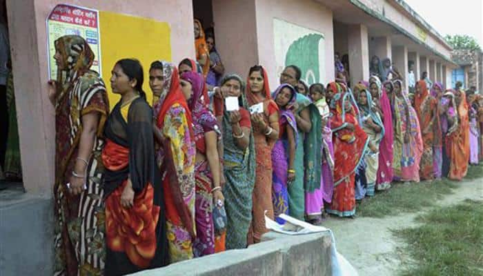 2015 Bihar Assembly Elections: 57% voting in first phase, women voters outnumber men