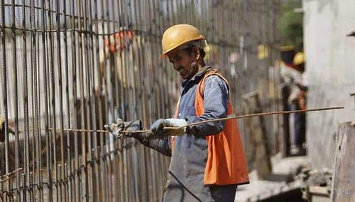 India expected to grow 7.5% in FY16, higher next year: Moody's