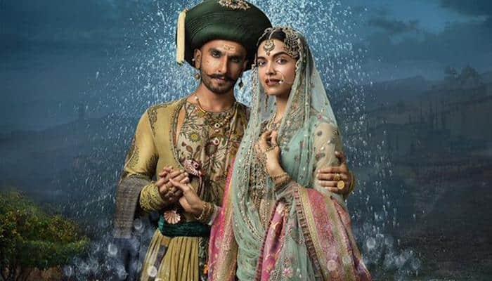 Check out: Ranveer Singh-Deepika Padukone's stunning look in 'Bajirao Mastani' new poster!