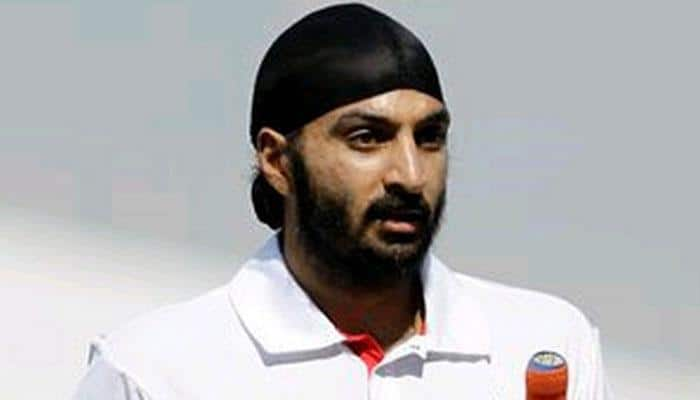 Monty Panesar hires professionals to help him find way back into cricket