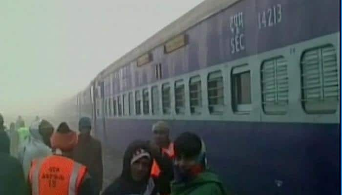 Seven coaches of Katihar-Amritsar Amrapali Express derail in Bihar's Khagaria