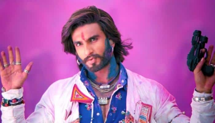 Don't see love triangle happening in my life: Ranveer Singh