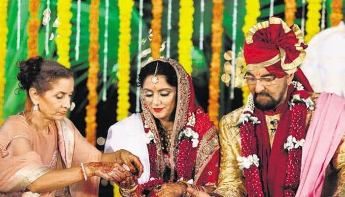 Kabir Bedi deeply disappointed by daughter Pooja's venomous comments against wife