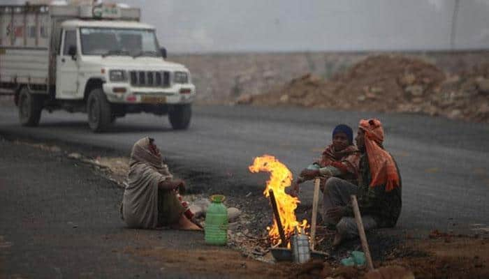 Eight die due to intense cold in UP, West Bengal