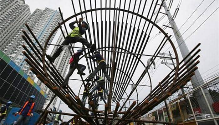 Core sector growth slows down to 0.9% in December