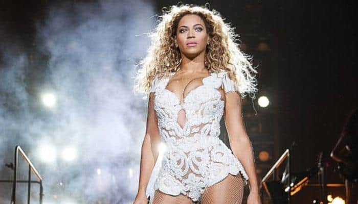 Beyonce Knowles covers Whitney Houston's 'I Will Always Love You'
