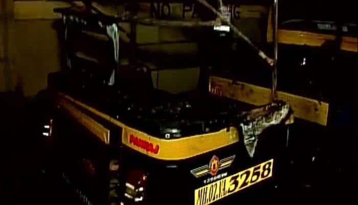 Auto-rickshaw set on fire in Mumbai after MNS chief Raj Thackeray's 'hate speech'