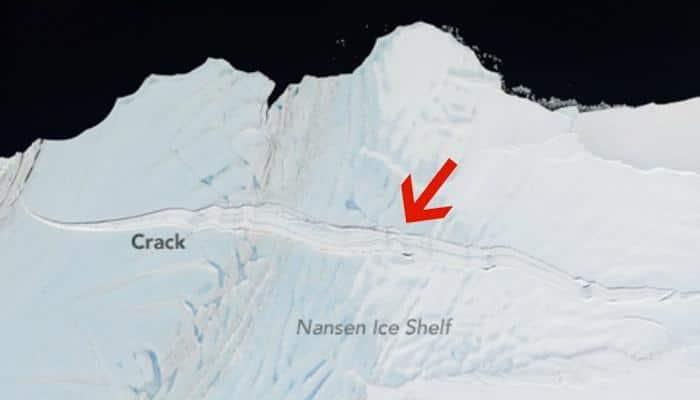 Ice shelf twice the size of Manhattan set to break away from Antarctica?