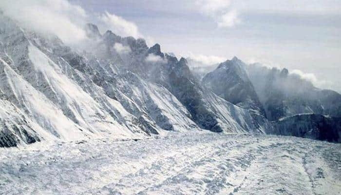 One soldier missing, another rescued after avalanche hits army post in Kargil