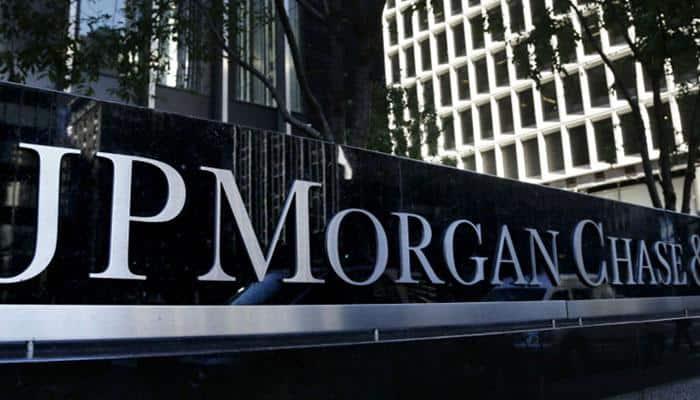 JPMorgan quarterly profit falls 6.7% hurt by drop in investment banking revenue