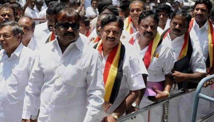 DMDK chief Vijayakanth loses cool while campaigning, threatens to slap journalists