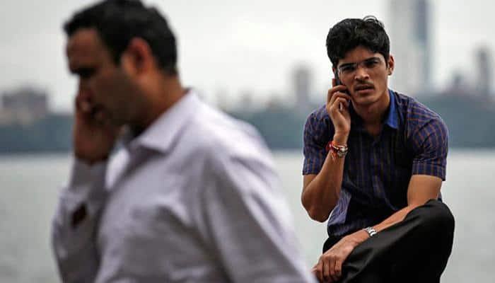 Call drops: Telcos earning Rs 250 crore a day but not investing to improve services, says TRAI