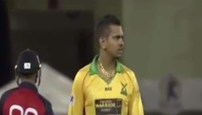 VIDEO: UNBELIEVABLE! Sunil Narine bowls first maiden Super Over in history of T20 cricket