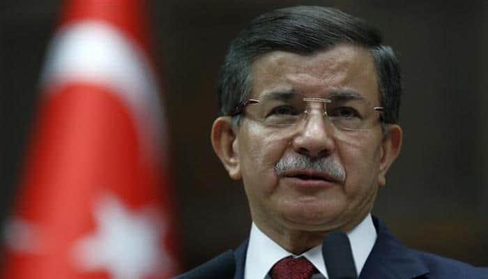 Turkey PM 'to quit' as Erdogan tightens grip