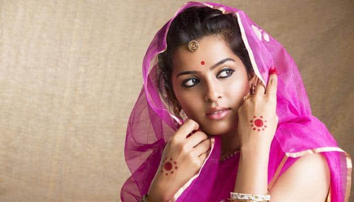 486343 indian woman beauty