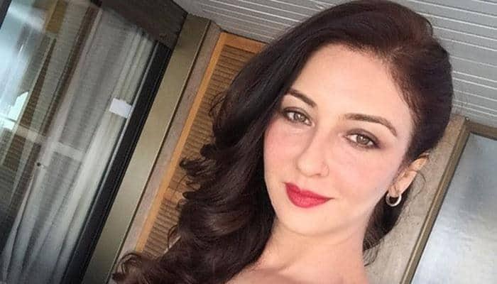 Bhabi ji ghar par nahin Cannes mein hain! Saumya Tandon in a chic avatar