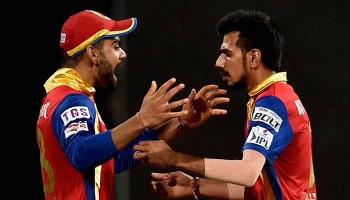 IPL 2016: Virat Kohli surprises Royal Challengers Bangalore youngsters with wonderful gifts!