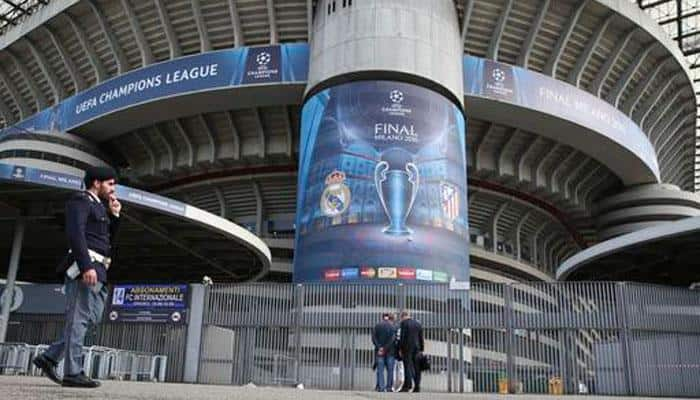 Champions League: WOAH! Fan splurges over Rs 9,00,000 for one football ticket!