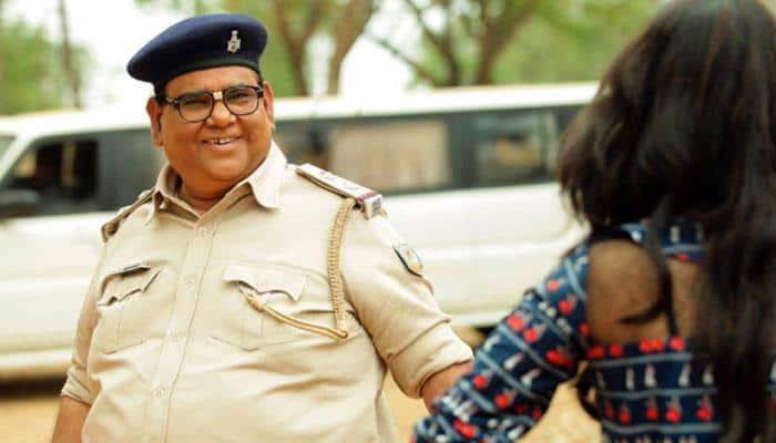 Satish Kaushik's next to be black-comedy biopic