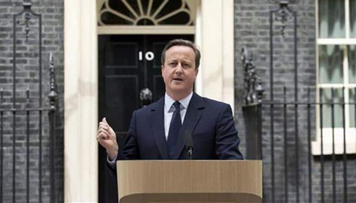 'Brits don't quit' - David Cameron appeals to voters as EU referendum hangs in balance