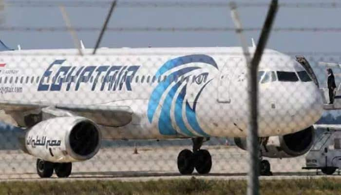 US official: Investigators can't download EgyptAir recorders