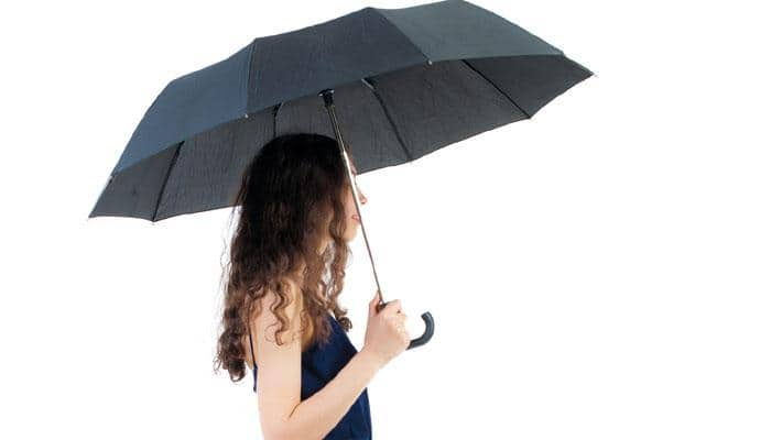 Simple ways to maintain hair during monsoon!