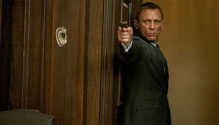 Here's how Daniel Craig's gloves almost knocked millions back to 'Skyfall' crew